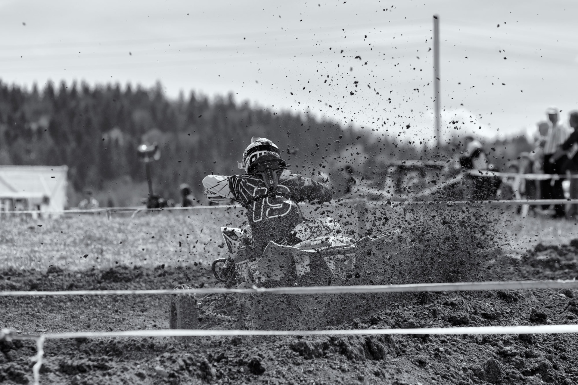 Motocross-Schlatt_20150426_1933-web