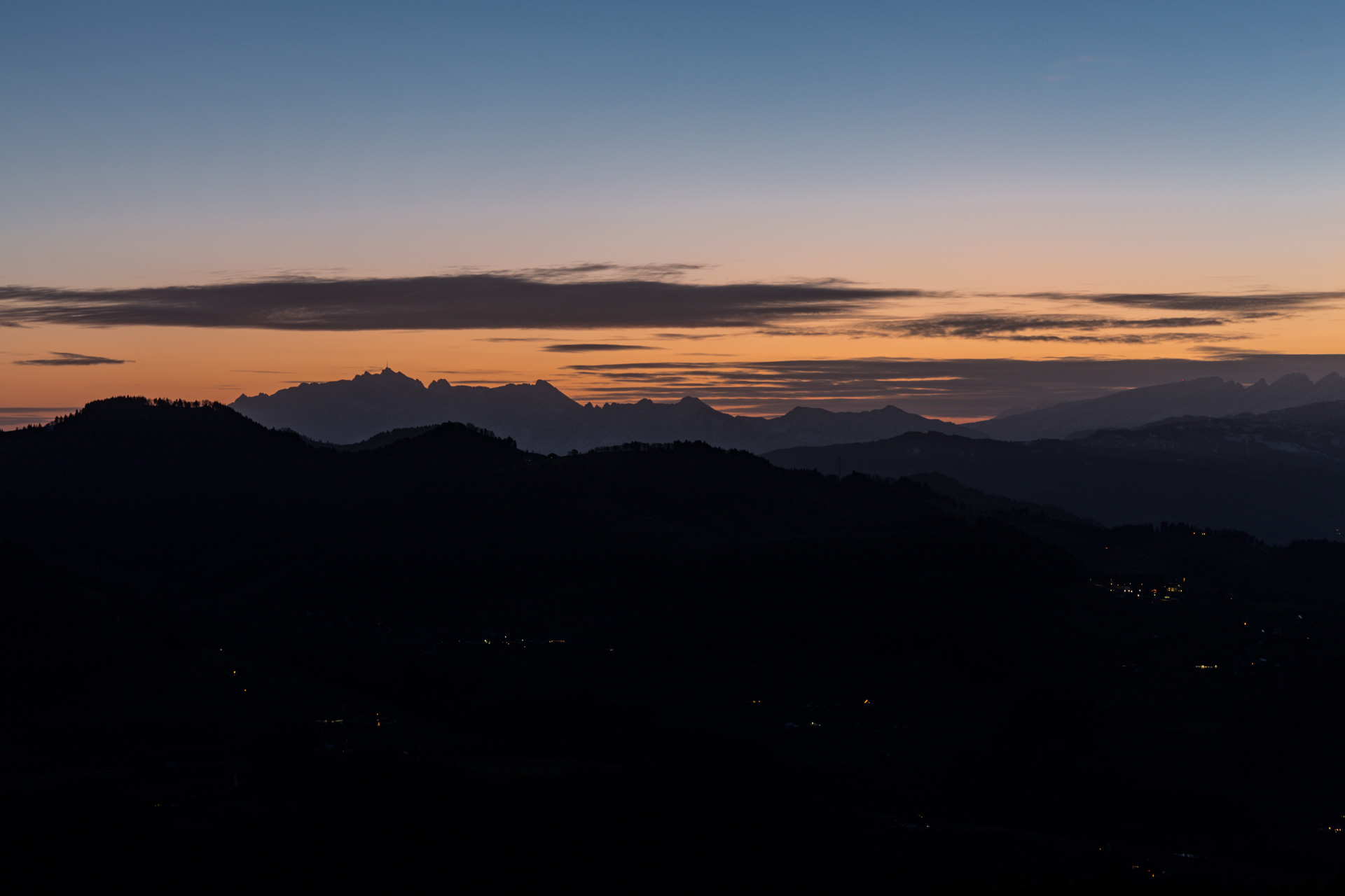 Sonnenaufgang-Bachtelturm_20151219_5831-1