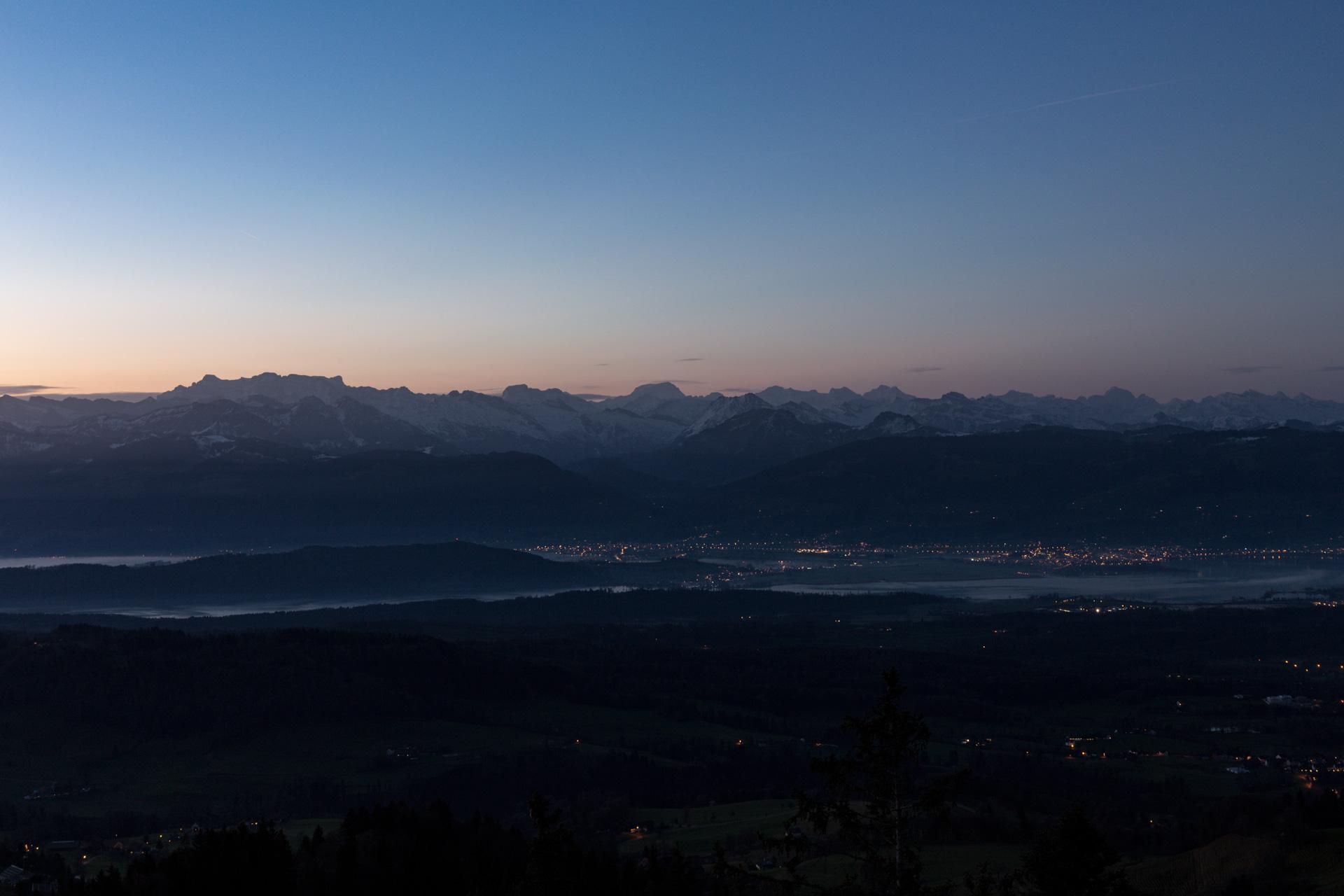 Sonnenaufgang-Bachtelturm_20151219_5842-1