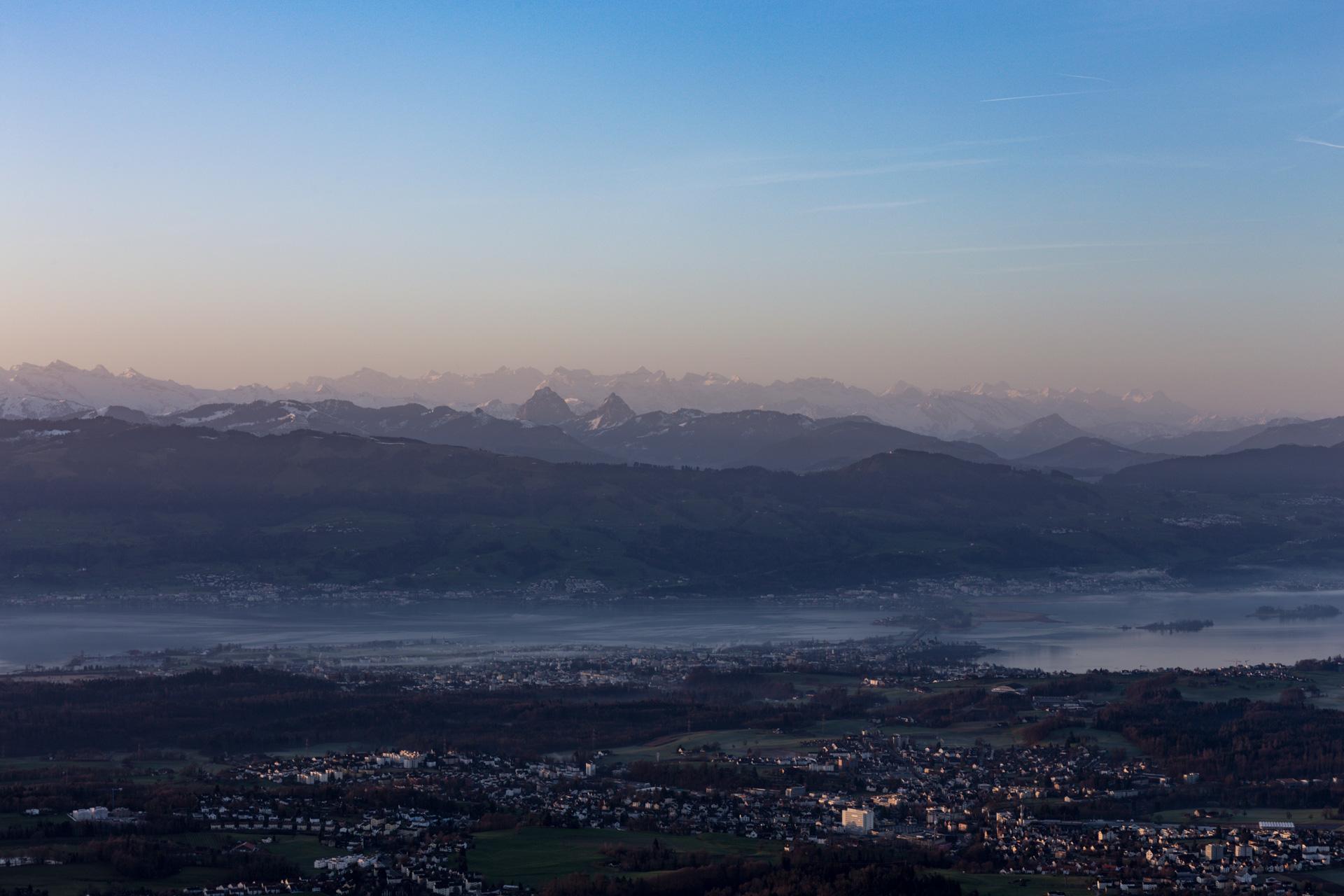 Sonnenaufgang-Bachtelturm_20151219_5986-1