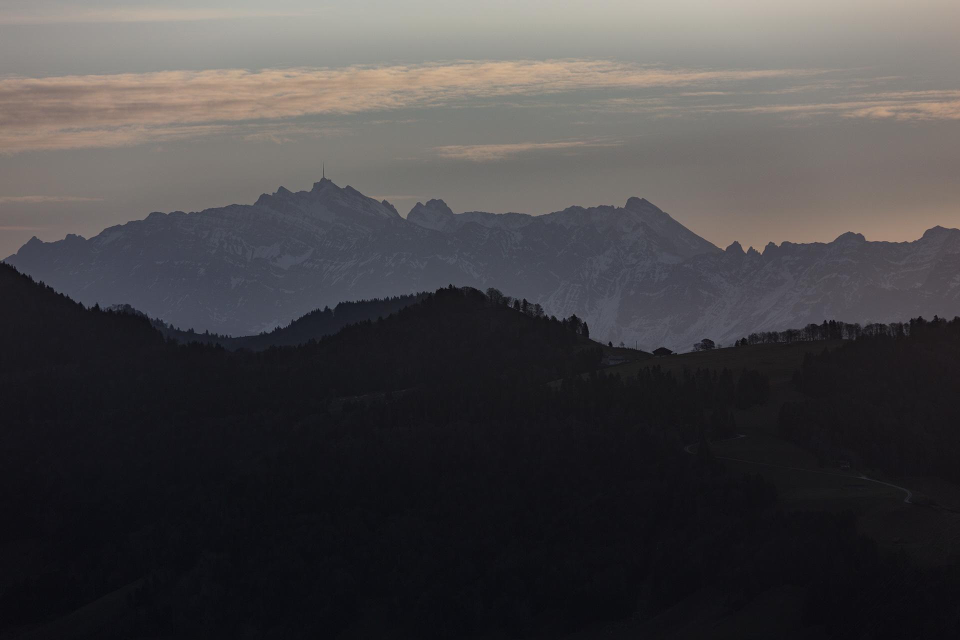 Sonnenaufgang-Bachtelturm_20151219_6010-1