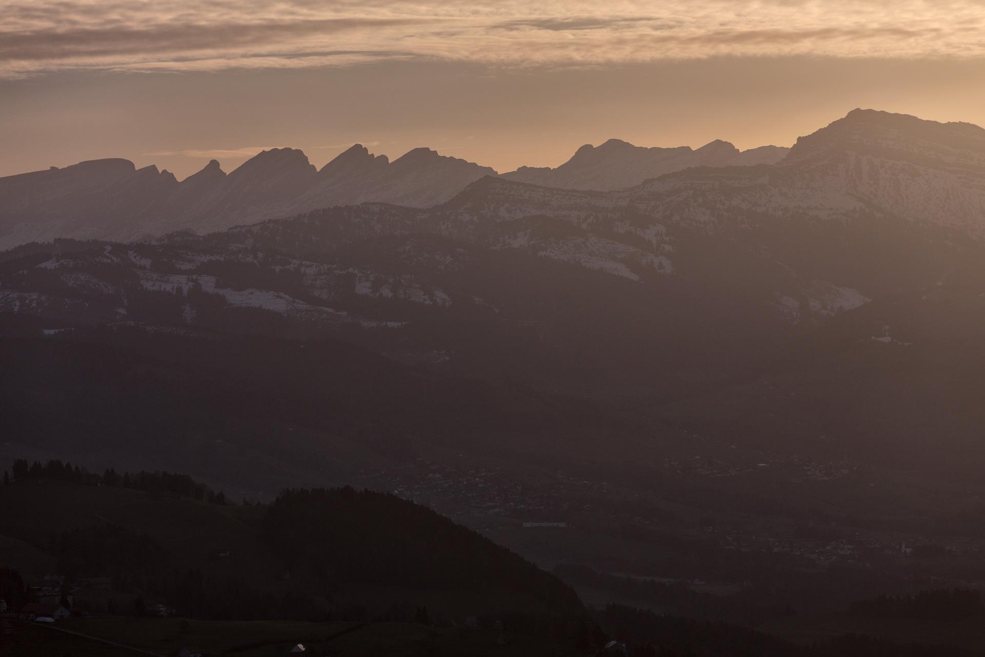 Sonnenaufgang-Bachtelturm_20151219_6011-1