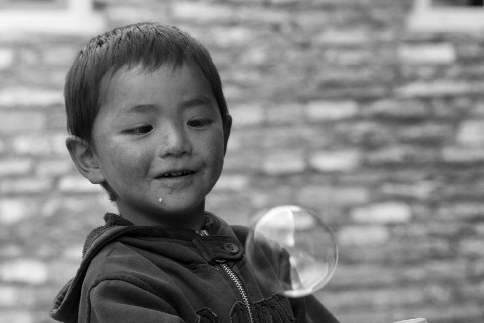 Schwarzweiss-Fotos von Menschen in Nepal
